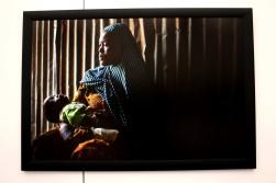 Aisha et son fils de 8mois, enfant d'un combattant de Boko Haram. Elle et quatre de ses soeurs ont été enlevées.
