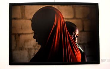 Aisha.A et sa fille de un an. Enlevée huit jours après son mariage, Il a donc été annulé et on l'a mariée à un insurgé.