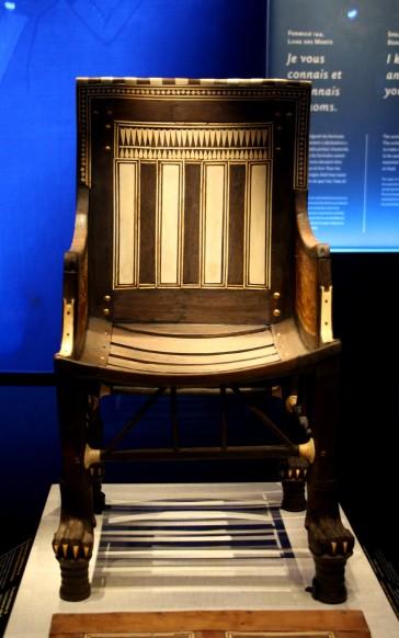 Petite chaise pour Toutankhamon lorsqu'il était enfant