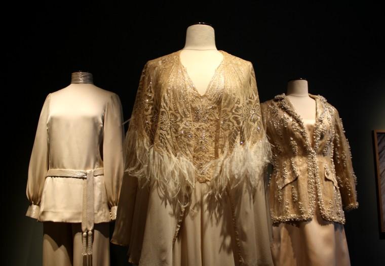 Détails vêtements Claudia Cardinale (3)