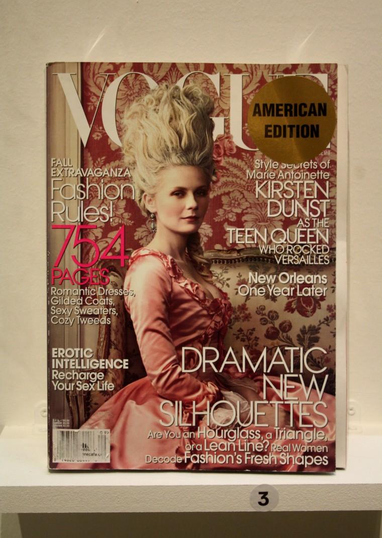 Couverture Vogue avec Kirsten Dunst dans le rôle de Marie-Antoinette