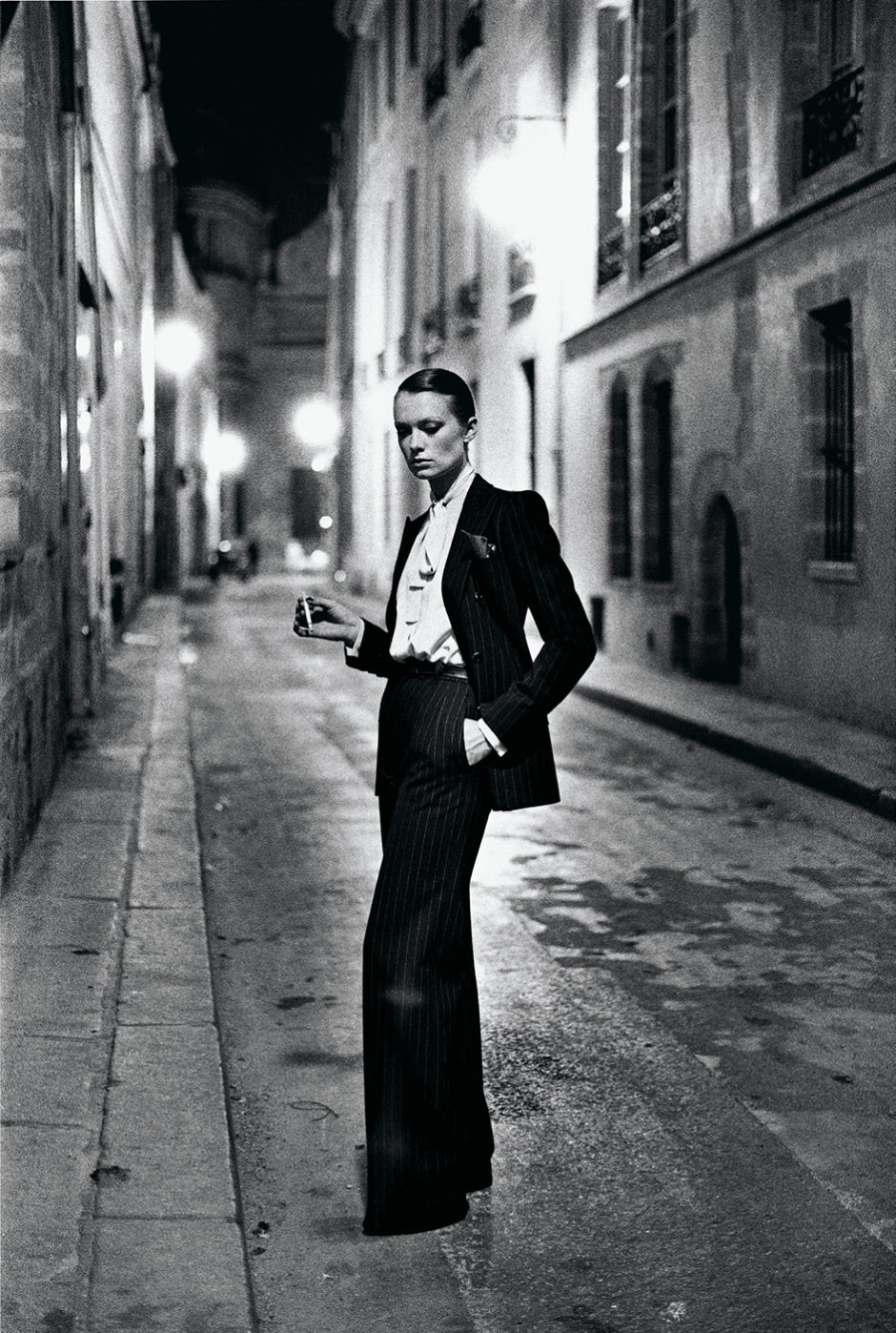 Helmut Newton, le Smoking d'Yves Saint Laurent