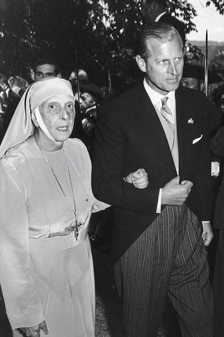 Le Prince Philip et sa mère la princesse Alice